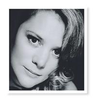 25a Natalie Gladman