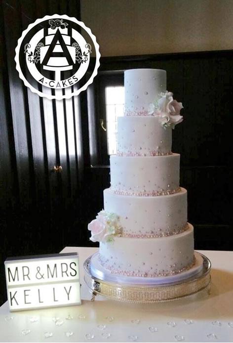 a-cakes-big