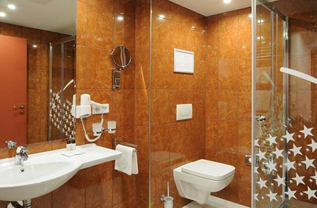 hotel klassik berlin hen accommodation in berlin. Black Bedroom Furniture Sets. Home Design Ideas