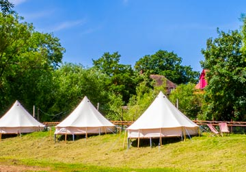 Glamping hen parties