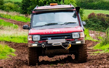 4x4 driving hen party activity