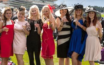 horse racing hen party activity