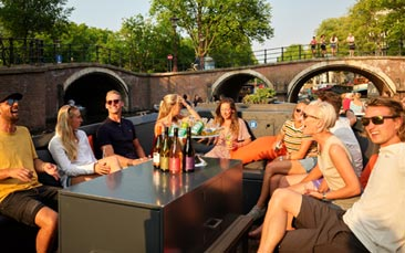 canal boat tour hen party activity
