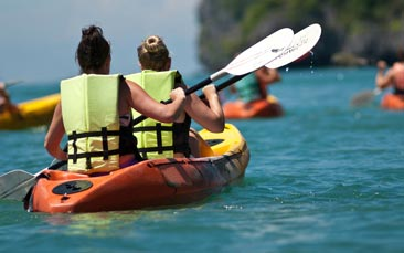 kayaking and cave snorkelling hen party activity