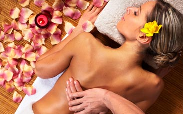massage hen party activity