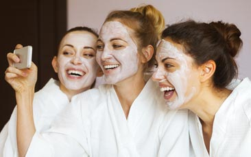 spa experience hen party activity
