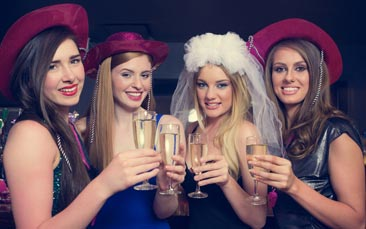 party bar hen party activity