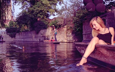 punting hen party activity