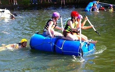 raft building hen party activity