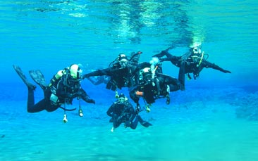scuba diving hen party activity