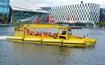 amphibious viking tour hen party activity