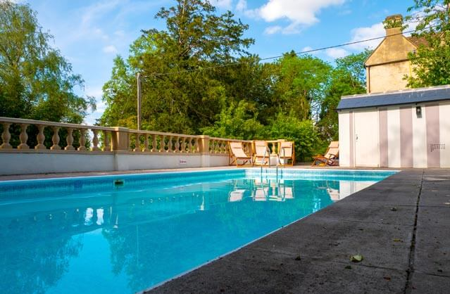 Hen party houses in bath bath hen accommodation - Hen party houses with swimming pool ...