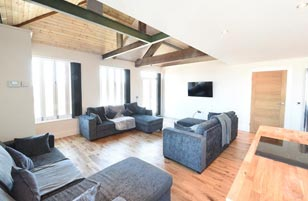 Victoria Penthouse self-catering accommodation property in Manchester